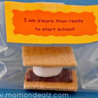 Crafts for Kids: Back To School S'mores Treat