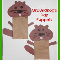 Crafts for Kids: Groundhog Day Puppets