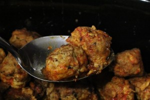Slow Cooker Recipe: Buffalo Chicken Meatballs